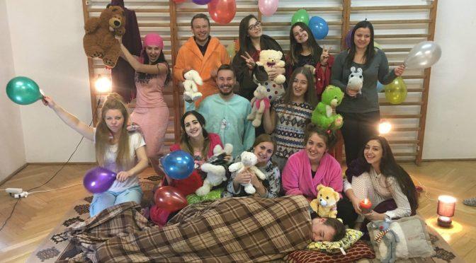 Piżama-party, czyli wieczór andrzejkowy w Domu Fundacji